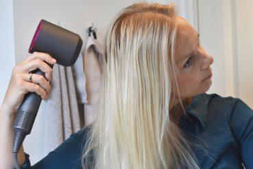 Kan Dysons fantom hårtørrer virkelig gøre kruset hår blødere og mere glansfuldt?